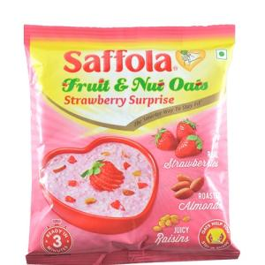 Saffola Fruit & Nut Oats - Strawberry Surprise 30 gm